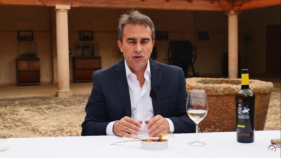 Maridaje vino blanco joven, con Vicente Cruz